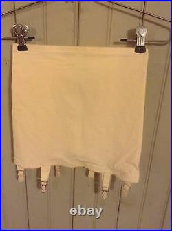 New with Tags! Vintage Young Smoothie open bottom girdle with 6 garters sz small