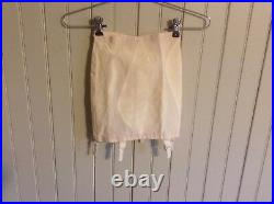 Nwot Classic Vintage warners 638 open bottom girdle with 6 garters size small