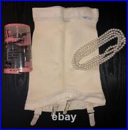 OLD STORE STOCK Very Rare Vintage 1950's Verve Open Bottom Girdle with Garters M