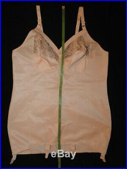 Übergröße! Neu! Triolet Korselett corselette Open Bottom Girdle Gr. EU/110B UK/48B