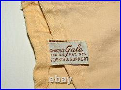 VTG Peach Famous Gale Corset Lace Up/ Hook Up Front & Sides/Straps Open Bottom