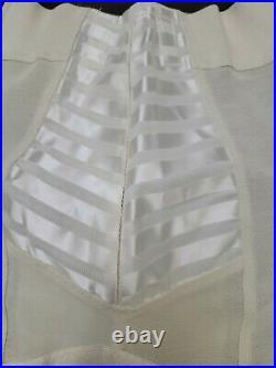 Vintage 1950's Satin Panel / 6 Garter FORMFIT Skippies Open Bottom Girdle Size