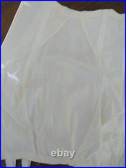 Vintage Girdle NOS YOUNG SMOOTHIE White Lace Open Bottom 6 Garters Metal Zipper