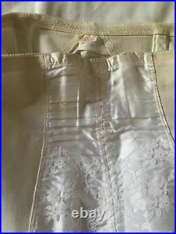 Vintage Open Bottom Girdle 6 garter side zipper size 30 Large White