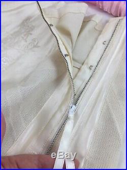 Vintage Promise Poirette Open Bottom Girdle Garter Boned Zipper Size 31 NOS New