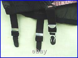 Voluptua Open Bottom 6 Strap Girdle (black/pink) Size XL Excellent