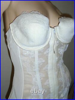Vtg LADY MARLENE White Lace Bustier Corset with Open Bottom Girdle Shapewear MD
