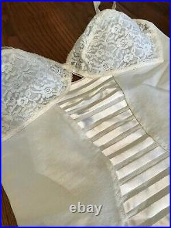 Vtg NOS Fashion Hour 6 Garters Open Bottom Girdle 34C Ivory Lace NOS